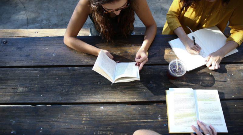 Para aprender inglês, estude português